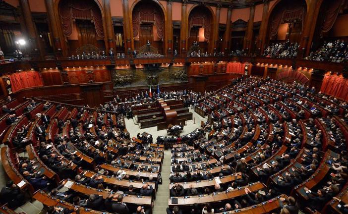 Dl sicurezza e 39 legge il popolano for Parlamento ieri