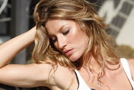 600 EURO PER GISELE IN TOTAL NUDE