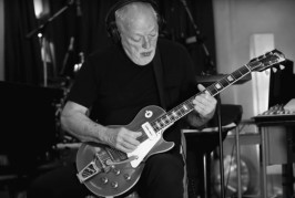 DAVID GILMOUR: 'RATTLE THAT LOCK'