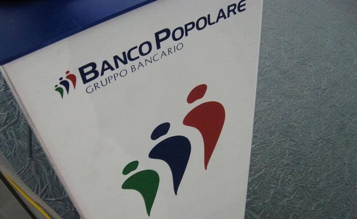 BANCO, INTESA E MPS CORRONO
