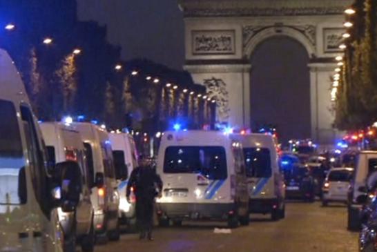 ATTENTATO TERRORISTICO A PARIGI