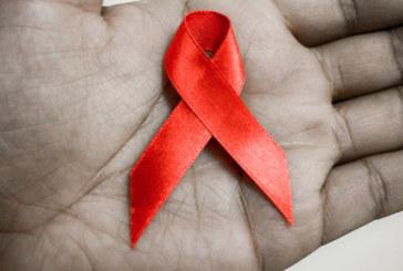 BAMBINA GUARITA DALL'AIDS
