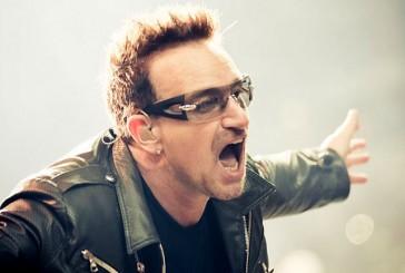 U2: BONO PORTA LE PIZZE AI FAN