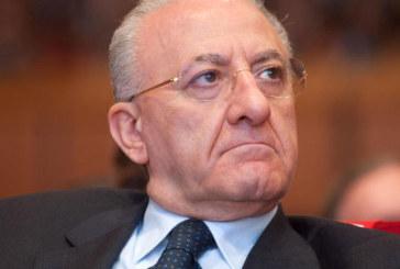 DE LUCA INDAGATO PER ABUSO D'UFFICIO