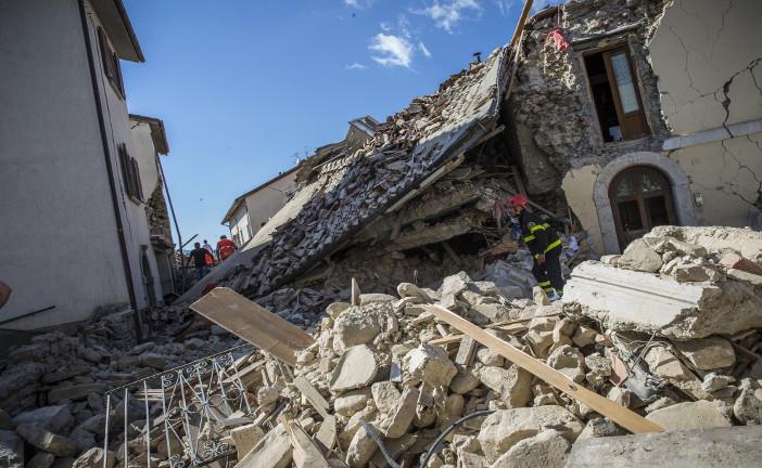 TERREMOTI, PERCHE' IN ITALIA SONO COSI' DEVASTANTI?