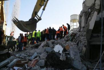 TERREMOTO ALBANIA DECINA DI MORTI