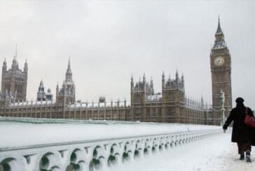 LONDRA NEVE COPIOSA DISAGI ANTICOVID